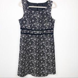 Talbots Linen/Cotton Embroidered Shift Dress   12